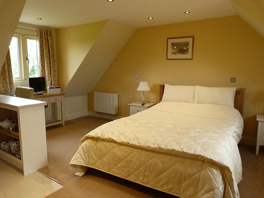 glen-house-bed-and-breakfast-bedroom-2